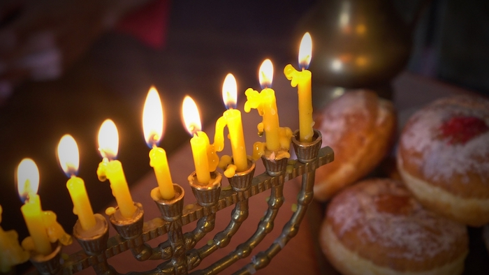 hanukkah events for families in oakland