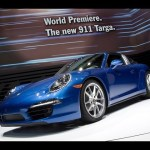 New Porsche 911 Targa revealed – see it (and its folding roof) in action