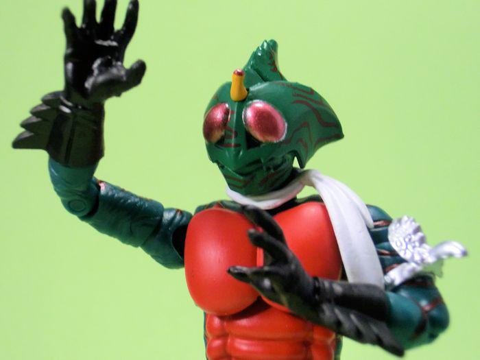 SHODO仮面ライダーVS4・仮面ライダーアマゾン
