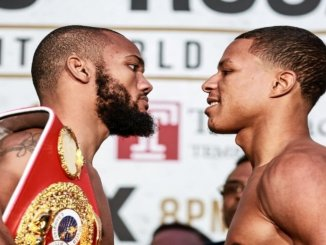 Julian Williams (left) and Jeison Rosario face-off