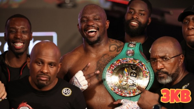Dillian Whyte poses with his team.