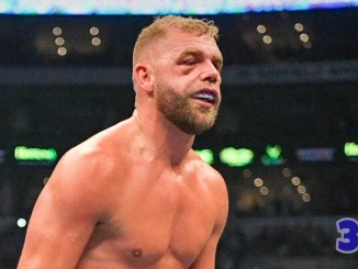 Billy Joe Saunders with eye damage in his bout against Canelo Alvarez