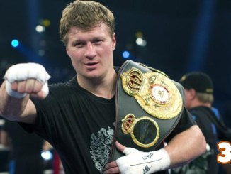 Former heavyweight champion Alexander Povetkin holding a title
