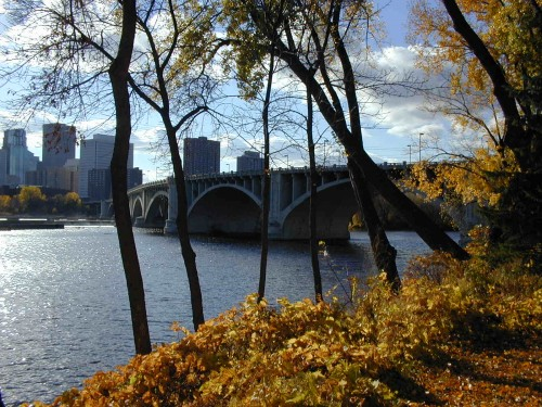 Minneapolis's Stone Arch Bridge, Fall 1999