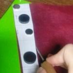 風呂敷用持ち手の型紙を革に転写する