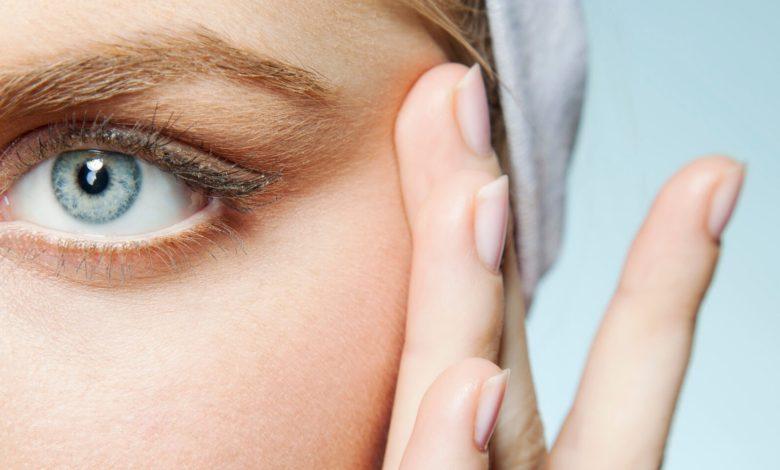 افضل علاج للتجاعيد حول العين