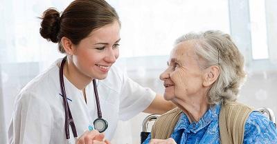 ممرضات منازل