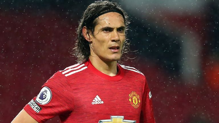 Cavani extends Man United stay
