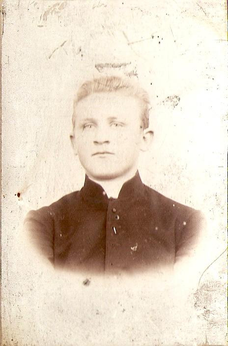 Ks. Ignacy Skorupka fot. z roku 1907