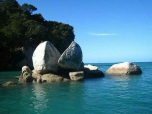 Split Apple Rock, Tasman Bay