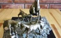Пам'ятник козі у Козовій
