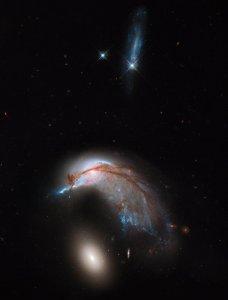 Дві галактики. Фото Габла