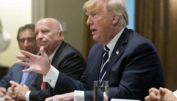Трамп госпіталізований у дуже важкому стані - Білий дім