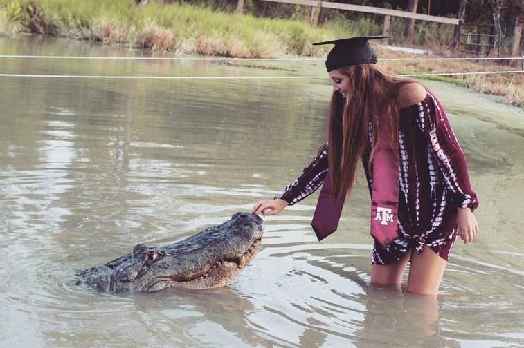 Фотосесія з крокодилом-гігантом