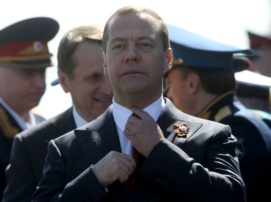 Медведєв про санкції США: Це оголошення війни