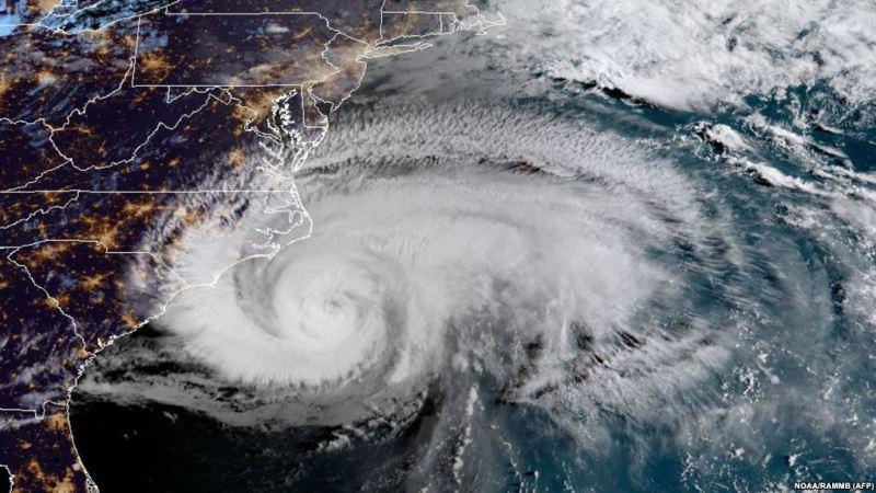 Ураган «Флоренс» вже лютує на сході США