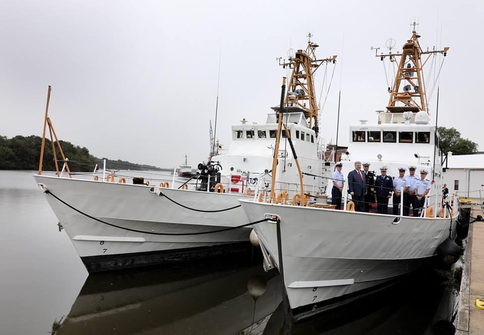 Петро Порошенко на борту американського катера