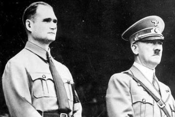 Гітлер мав бісексуальні нахили - американська розвідка