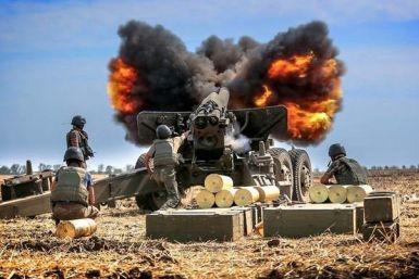 Українські артилеристи ведуть вогонь