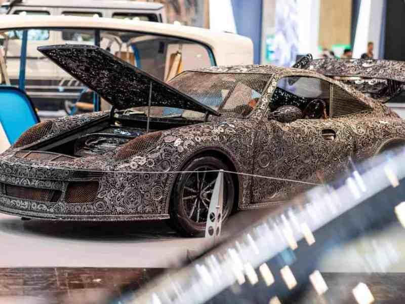 Porsche 911 на автосалоні Tuning Fair