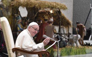 Папа Франциск: Як не змарнувати Різдво