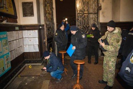 У Сумах біля церкви невідомі кинули вибуховий пристрій