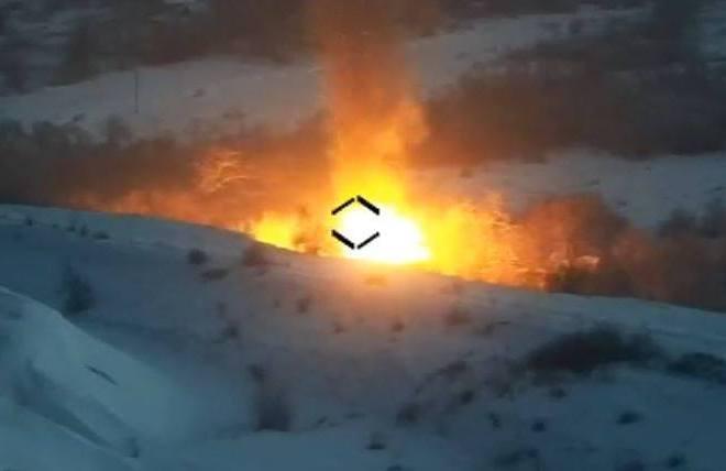 """""""Стугна"""" у дії. Знищено російський броньовик і зенітний розрахунок"""