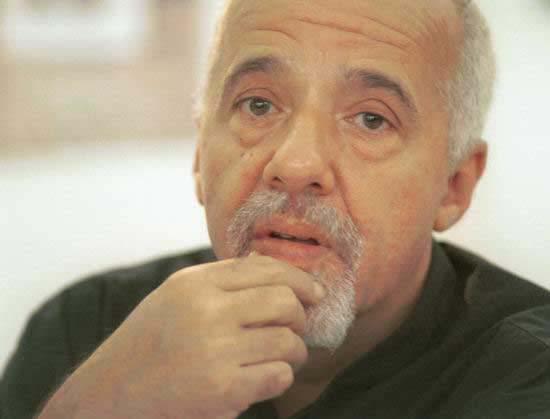 Пауло Коельо на службі у Юлі. Тимошенко використала письменника