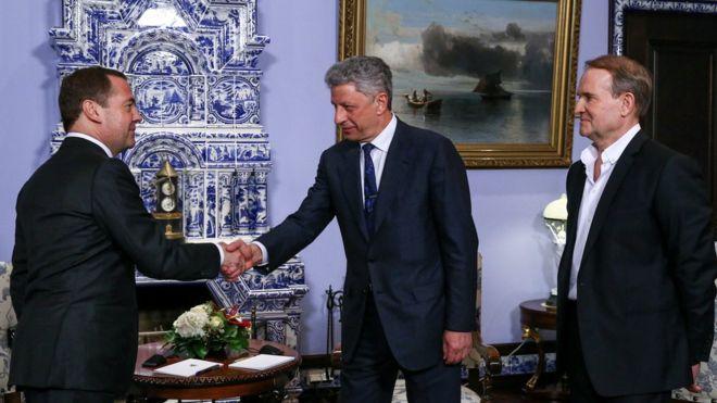 Васали Кремля у Москві. Ні слова про війну і анексію Криму