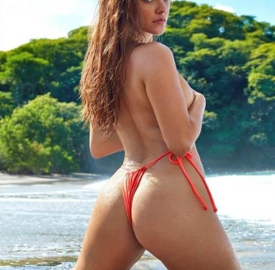 Барбара Палвін –  Sports Illustrated Swimsuit 2019