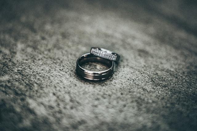 結婚詐欺とは