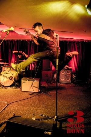 Still flying high - bassman Roni Jonker