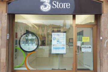 Foto negozio piazza santa maria