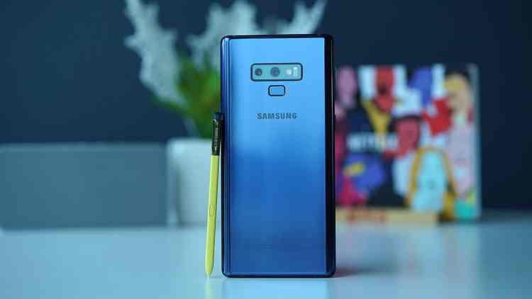 Samsung Note9 retro