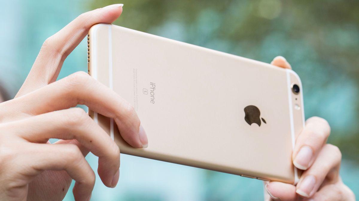 iPhone 6s durante lo scatto di una foto
