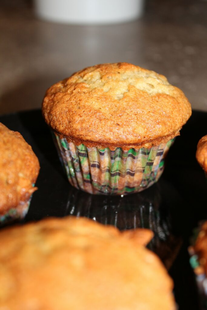 Banana Nut Muffins: 3ten.ca