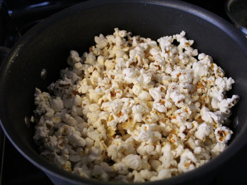 Stove Top Popcorn: 3ten.ca