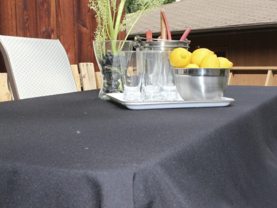 DIY Patio Table: 3ten.ca
