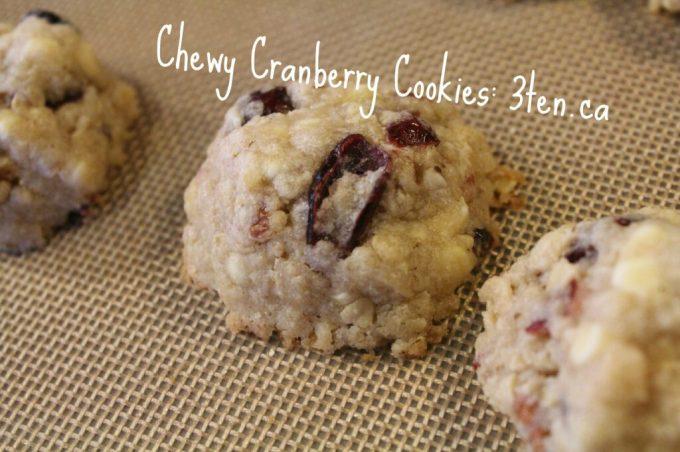 Chewy Cranberry Cookies: 3ten.ca #cookies