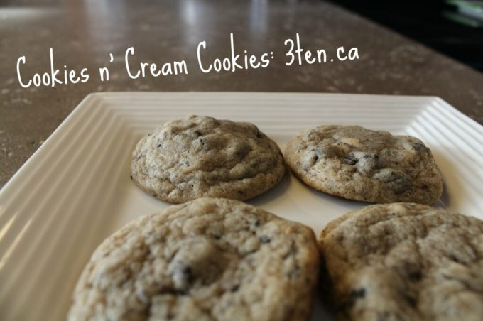 Cookies n' Cream Cookies: 3ten.ca #cookies #oreo #baking