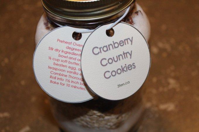Mason Jar Cookies: 3ten.ca #masonjar #cookies