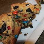 Square M&M and Oreo Cookies: 3ten.ca #oreo #mm #cookie