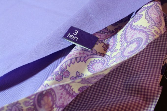 Fat Quarter Infinity Scarf: 3ten.ca #fatquarter #scarf #quiltingcotton