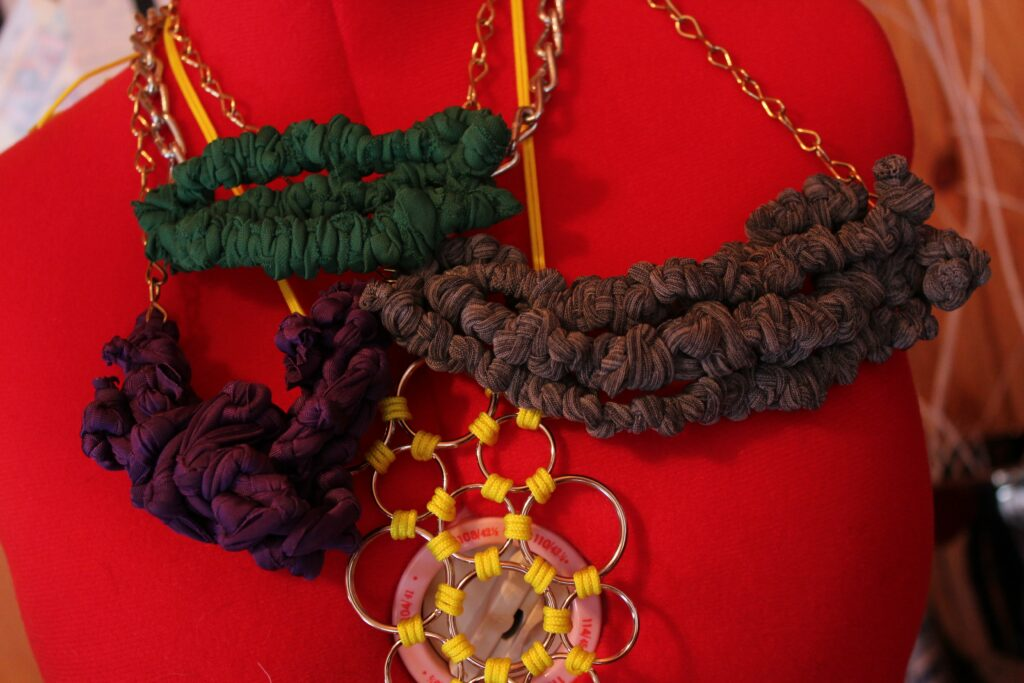 Fabric Necklaces: 3ten.ca