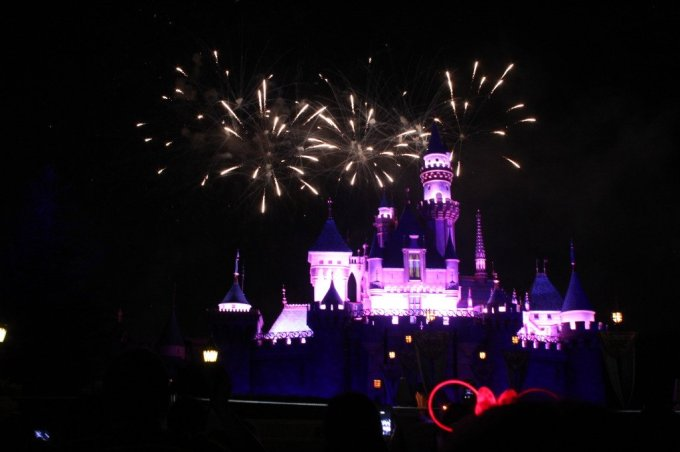 Disneyland Fireworks: 3ten.ca #disney