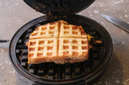 Waffle Iron Grilled Cheese: 3ten.ca