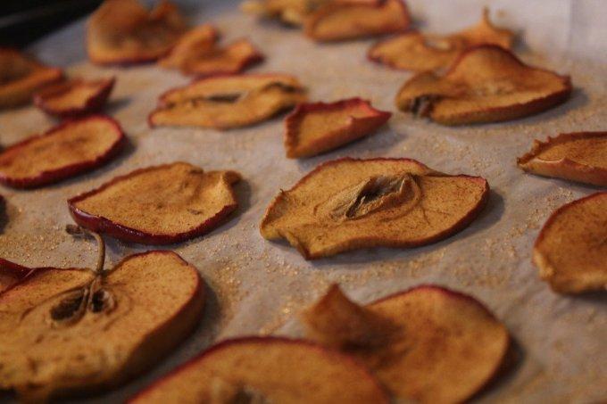 Baked Apple Chips: 3ten.ca