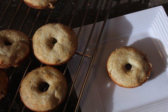Banana Donuts: 3ten.ca