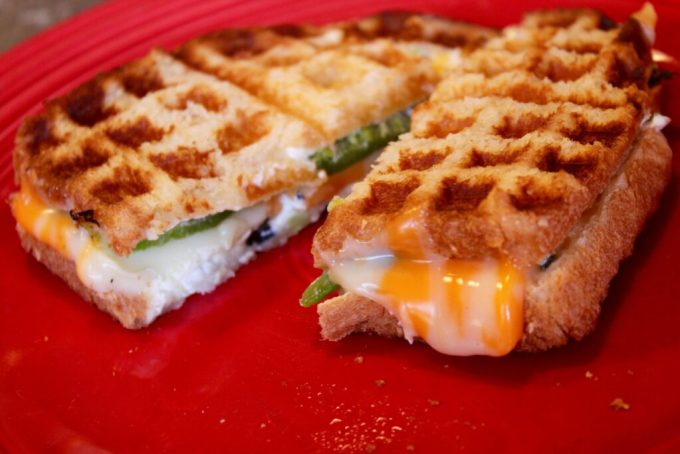 Jalapeño Popper Waffle Iron Grilled Cheese: 3ten.ca