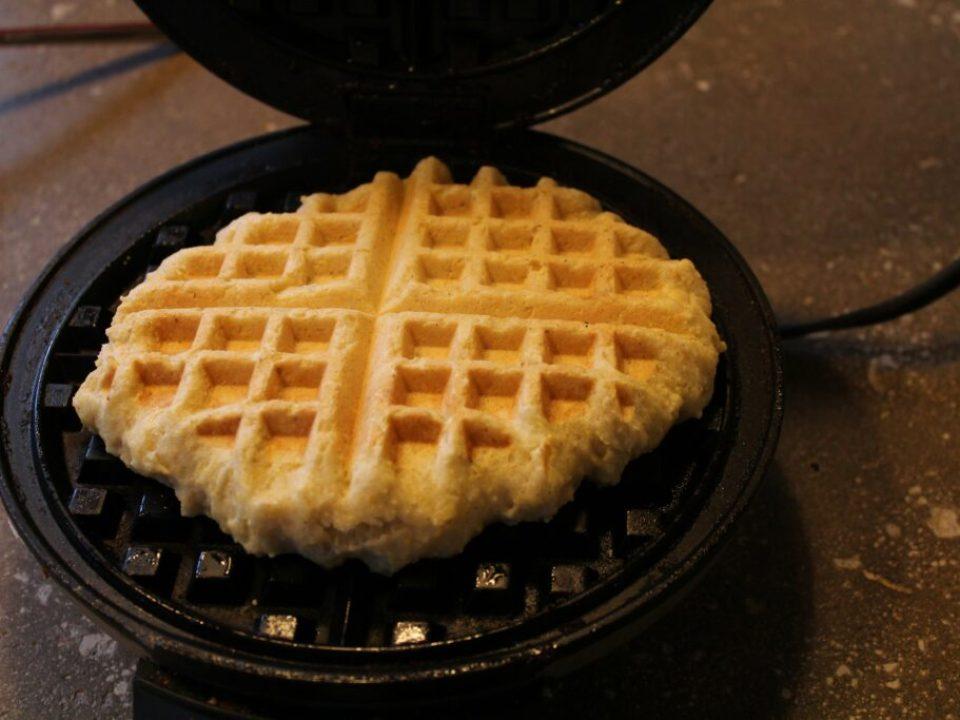 Cornbread Waffles: 3ten.ca